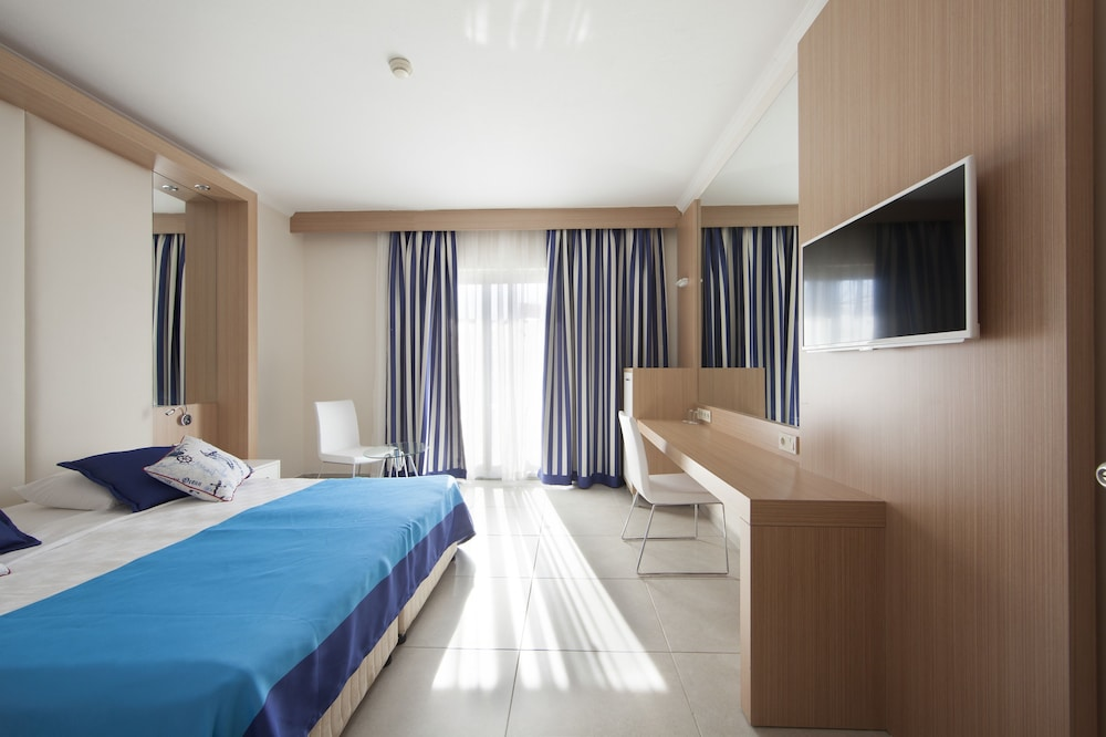 Room, Pegasos World Hotel - All Inclusive