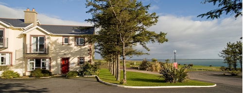 Seacliff Holiday Homes