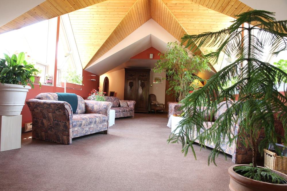 auberge du jardin in petit saguenay hotel rates