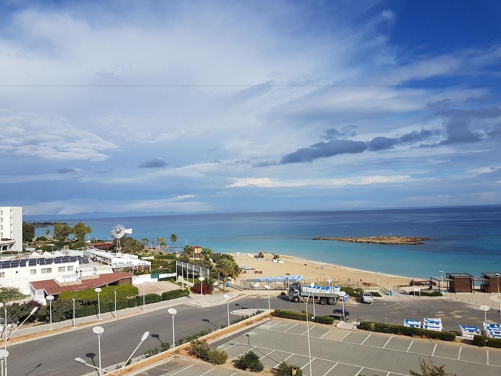 Astreas Beach Hotel Protaras
