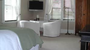 Egyptian cotton sheets, premium bedding, iron/ironing board