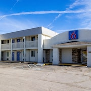 Motel 6 Indianapolis, IN - S. Harding St.