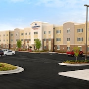 Candlewood Suites Kenedy