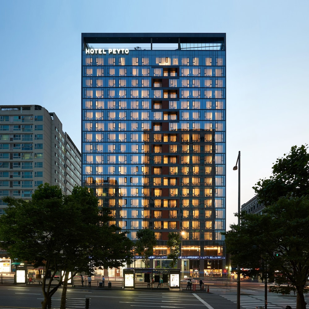Front of Property - Evening/Night, Hotel Peyto Gangnam
