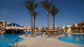 8 outdoor pools, pool umbrellas, pool loungers