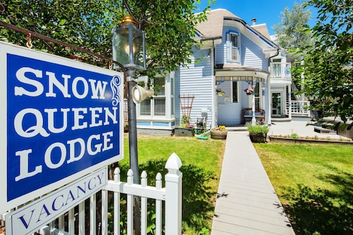 The Snow Queen Lodge