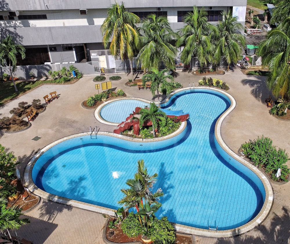 Outdoor Pool, The Putra Regency Hotel