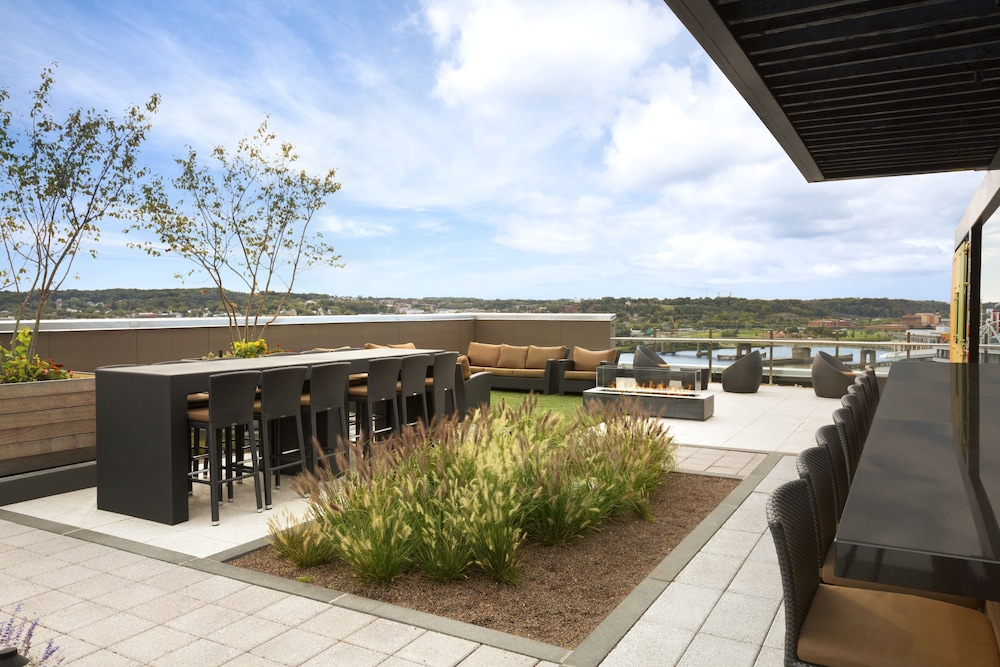 Terrace/Patio, Hampton Inn & Suites Washington DC - Navy Yard