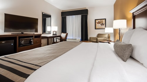 Check Expedia for Availability of Best Western Plus Lincoln Inn & Suites