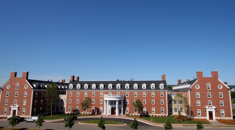 Hotels In New Glasgow Ns