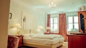 1 Schlafzimmer, hochwertige Bettwaren, kostenlose Minibar, Zimmersafe