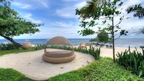 Plage, navette gratuite vers la plage, chaises longues