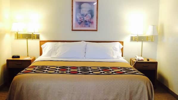 Pillowtop beds, iron/ironing board, free WiFi, linens