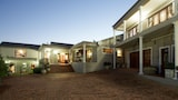 Sea Whisper Guest House & Self Catering - Jeffreys Bay Hotels