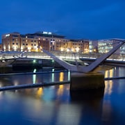 IFSC Dublin City Apartments by The Key Collection