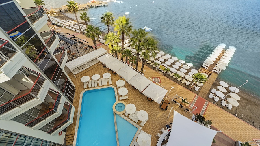 Poseidon Hotel - Adults Only