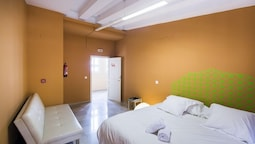 Valencia Lounge Hostel : The river hostel valencia hotelbewertungen expedia