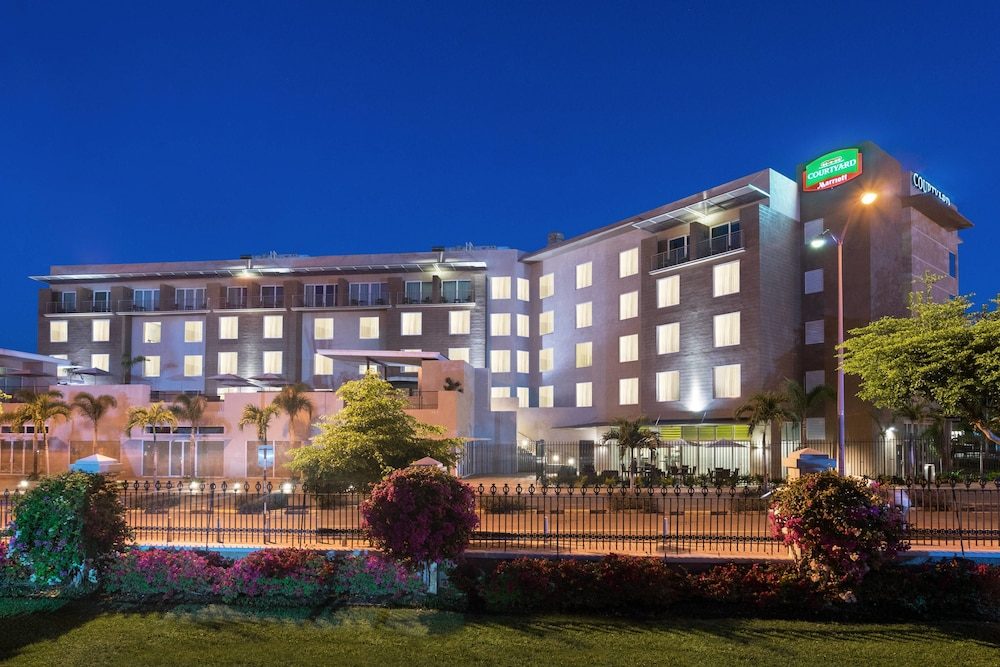 Exterior, Courtyard by Marriott Kingston, Jamaica