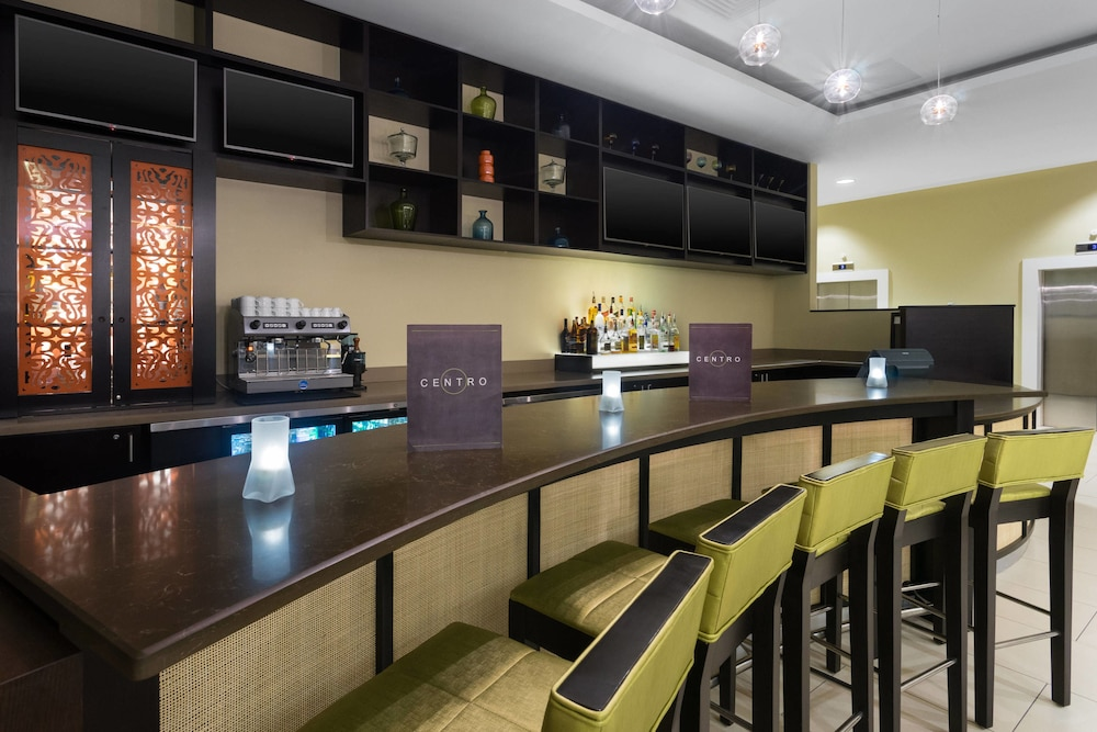Restaurant, Courtyard by Marriott Kingston, Jamaica