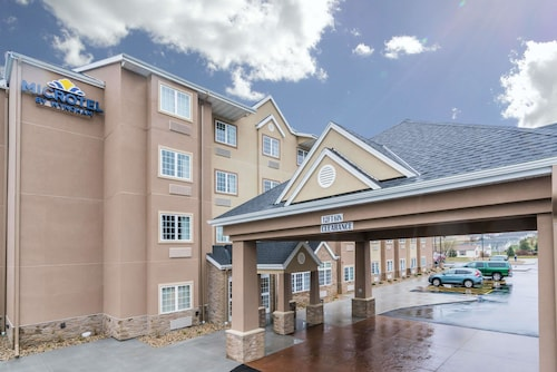 Microtel Inn & Suites by Wyndham Rochester South