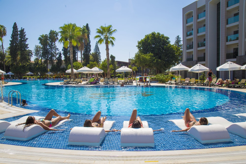 Outdoor Pool, Horus Paradise Luxury Resort - All Inclusive