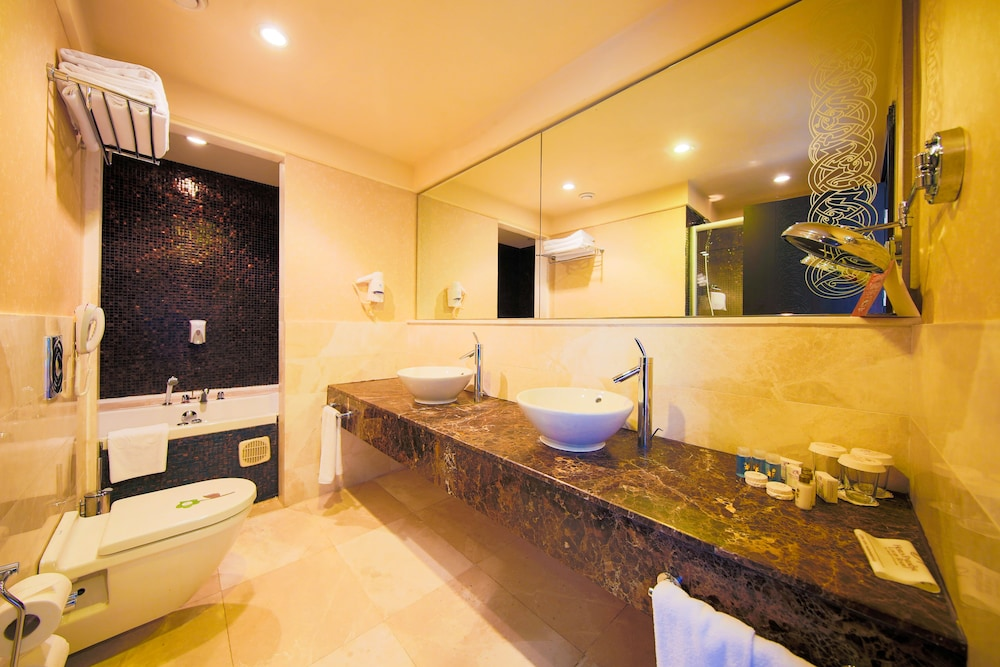 Bathroom, Horus Paradise Luxury Resort - All Inclusive