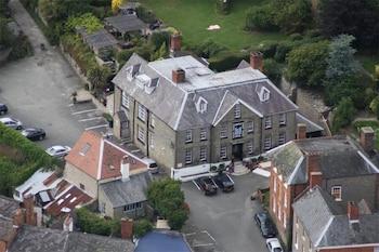 Bishop's Castle, Shropshire, SY9 5BN, England.
