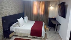 5 dormitorios, edredones de plumas, minibar y caja fuerte