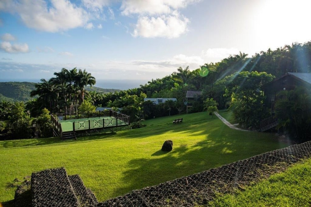 Featured Image, Naniki Cottages