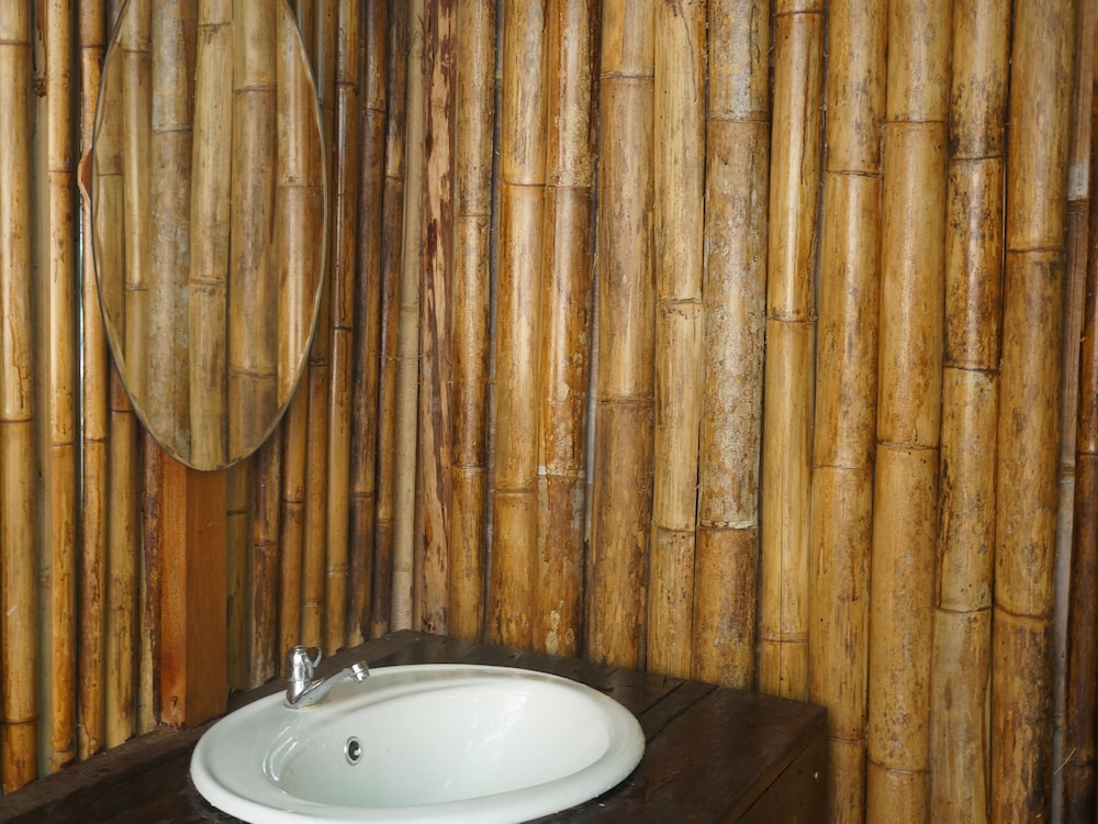 Bathroom Sink, Khao Sok Jungle Resort