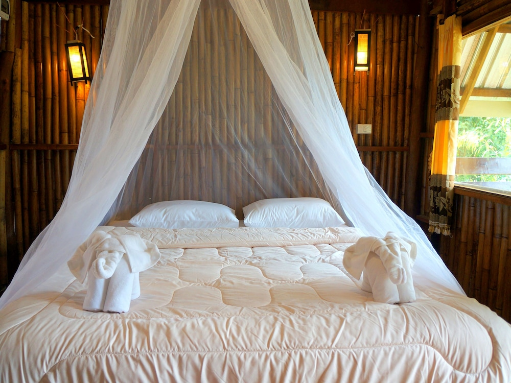 Room, Khao Sok Jungle Resort