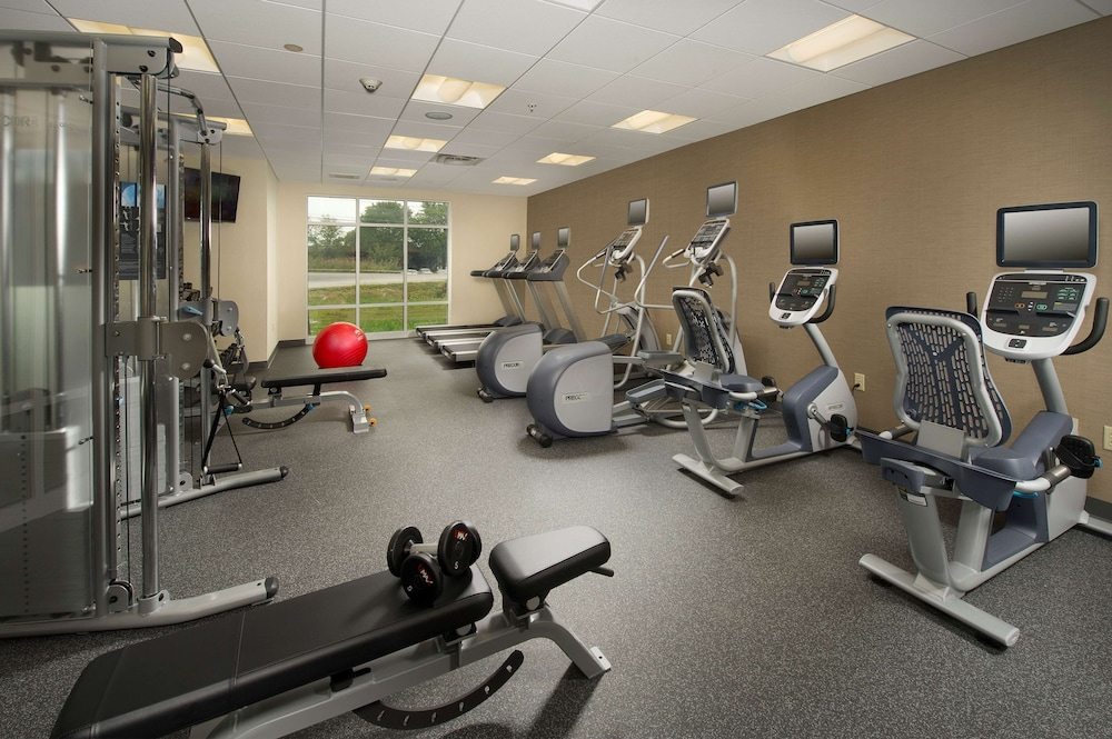 Fitness Facility, Hampton Inn & Suites Syracuse/Carrier Circle