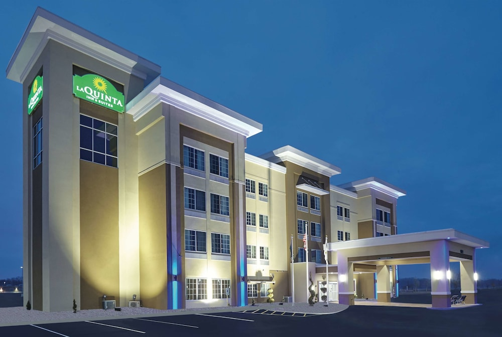 Featured Image, La Quinta Inn & Suites by Wyndham Springfield IL