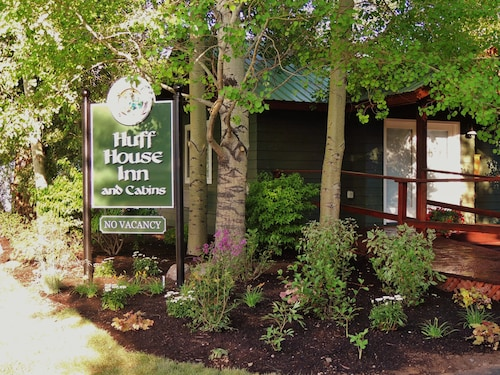 Huff House Inn