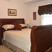 The Muskoka Rose Guest House & Retreat