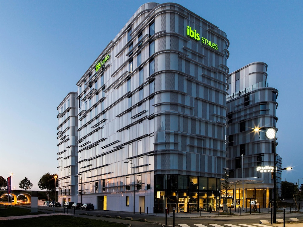 Ibis styles paris cdg airport roissy tremblay en france for Design hotels france