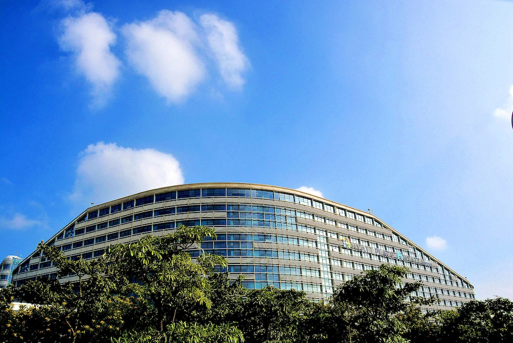 Front of Property, Hyatt Place Shenzhen Airport