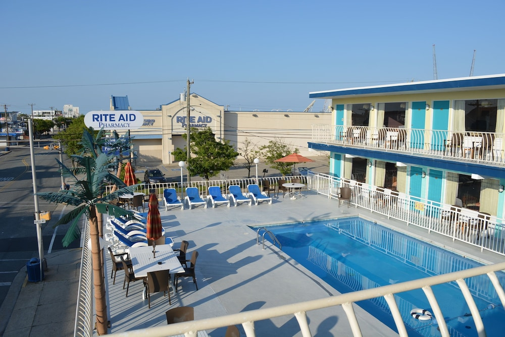 Featured Image, Royal Court Motel
