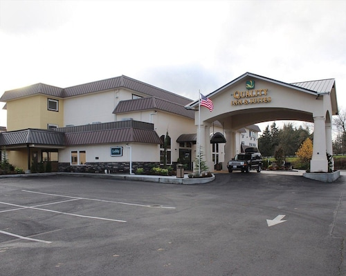 Great Place to stay Quality Inn & Suites Tacoma - Seattle near Tacoma