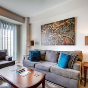 Global Luxury Suites at Friendship Village