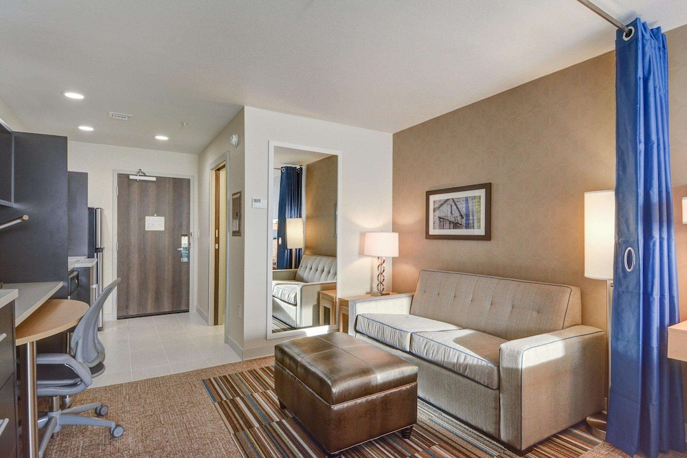 Living Area, Home2 Suites by Hilton Irving / DFW Airport North