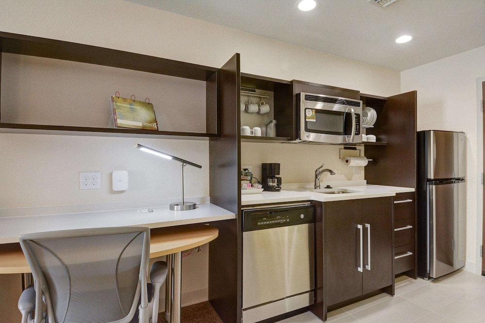 Private Kitchen, Home2 Suites by Hilton Irving / DFW Airport North
