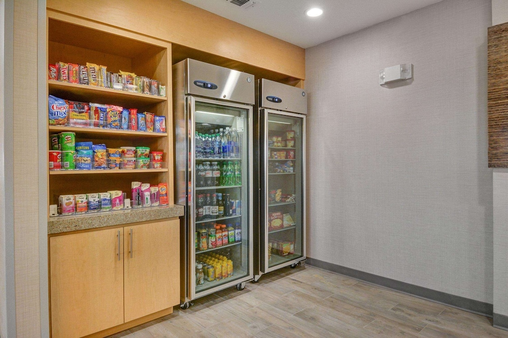 Snack Bar, Home2 Suites by Hilton Irving / DFW Airport North