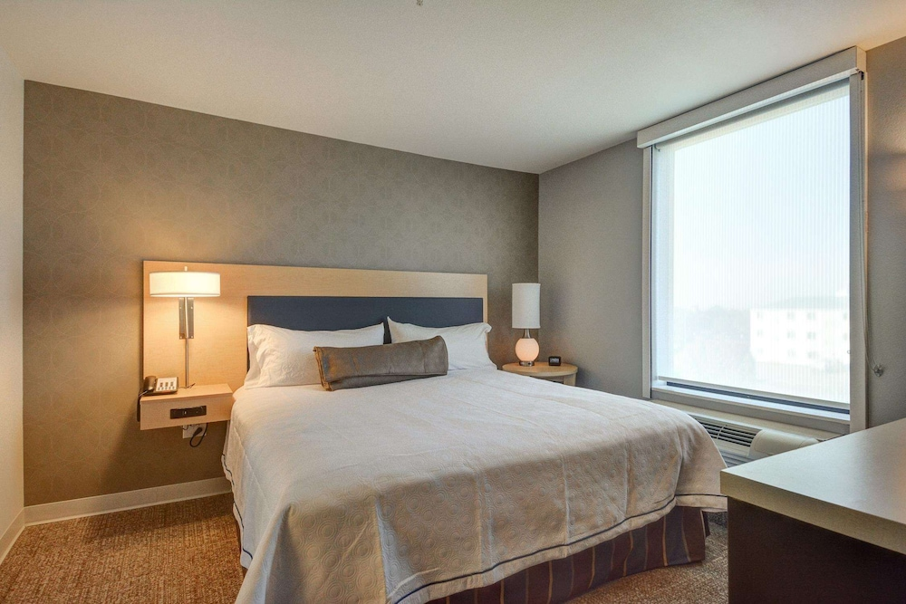 Room, Home2 Suites by Hilton Irving / DFW Airport North