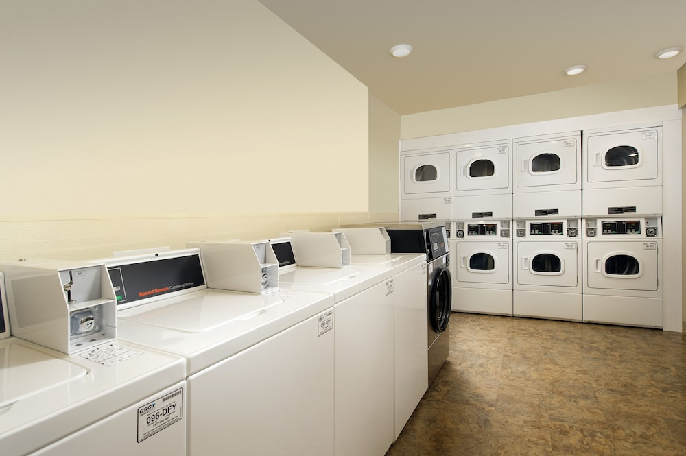 Laundry Room, WoodSpring Suites Fort Lauderdale