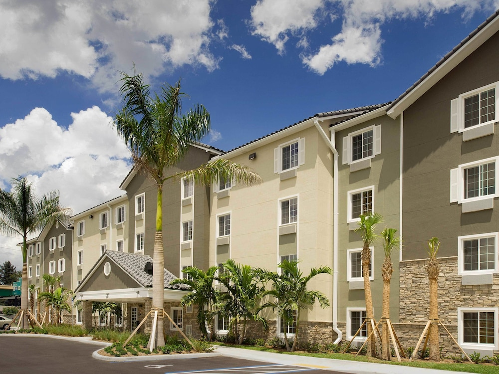 WoodSpring Suites Fort Lauderdale - Reviews, Photos & Rates