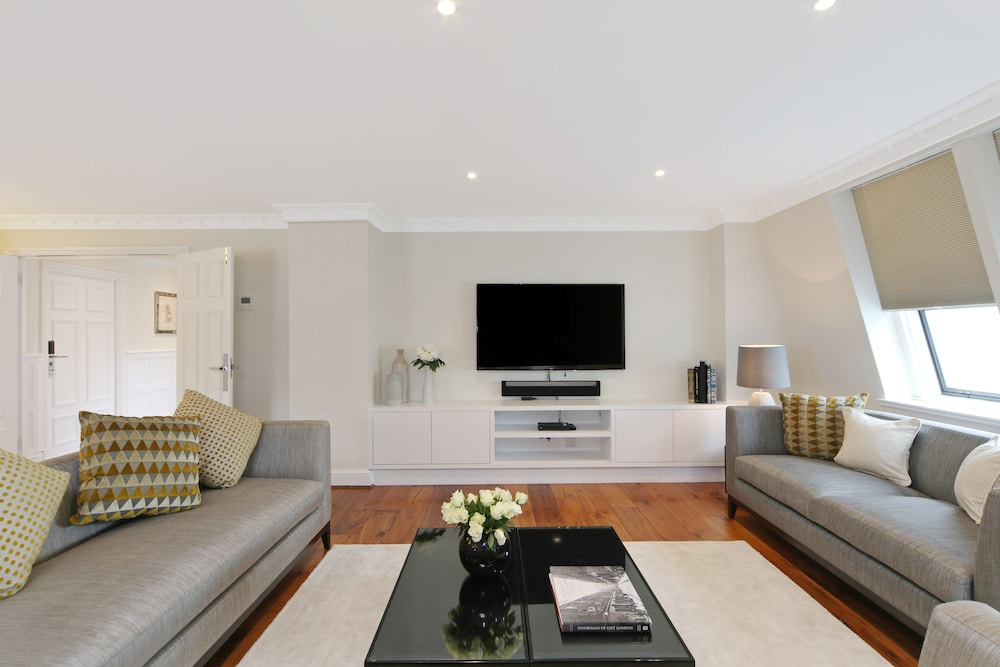 Living Room, Mayfair House