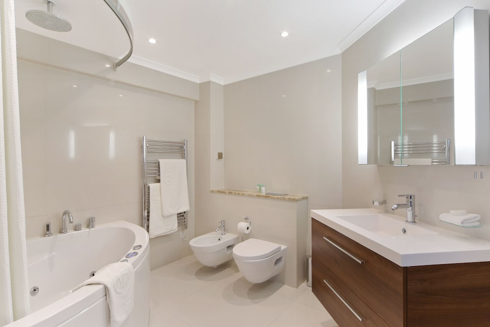 Bathroom, Mayfair House