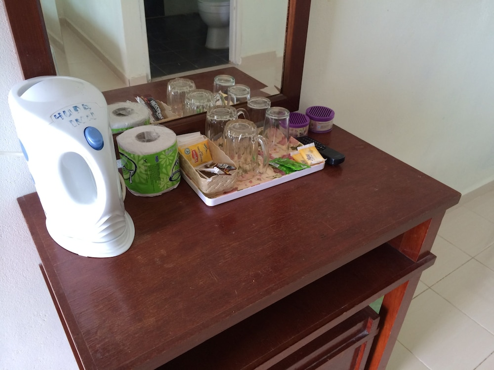 Room Amenity, Huda Inn