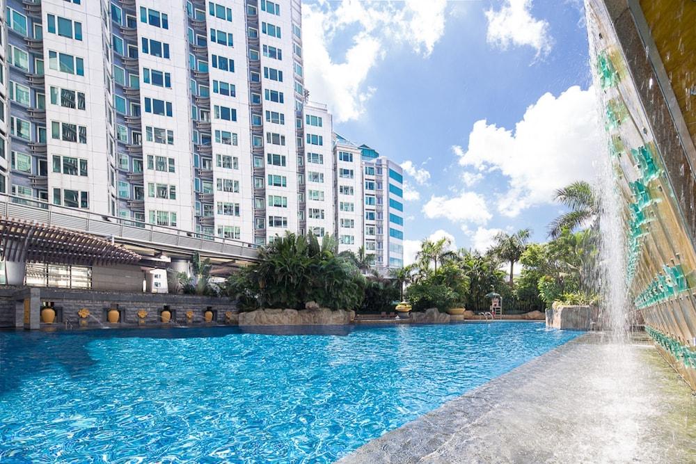 Hong Kong Hotels, Hong Kong: Great savings and real reviews